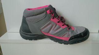 Zapatillas de montaña Decathon