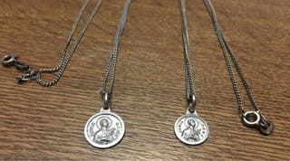 2 medallas antiguas Santa Gema