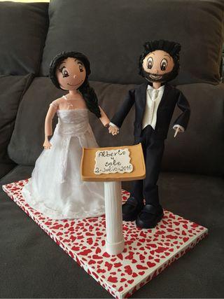 Alfileres muñecos de boda fofubolis, para la firma
