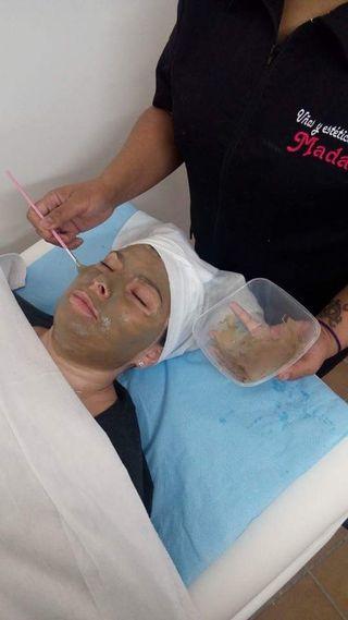 limpieza facial + esmaltado permanente