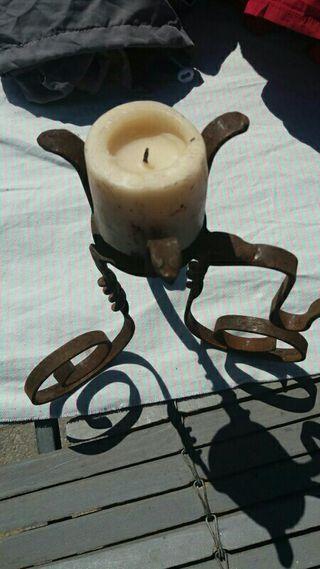 candelabro antiguo de hierro