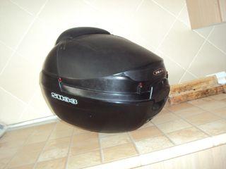 Baúl para moto.
