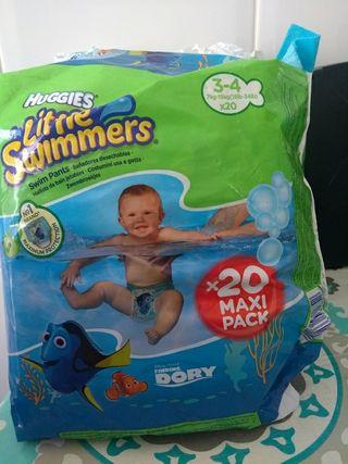 2 paquetes de pañales bebé