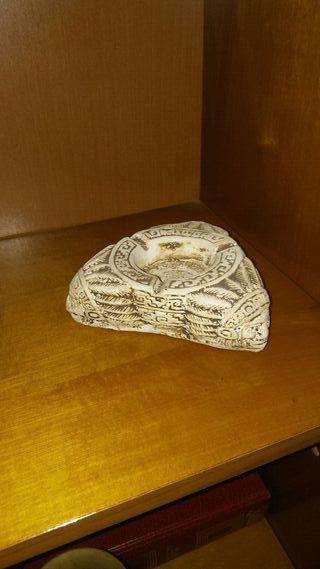 Cenicero azteca