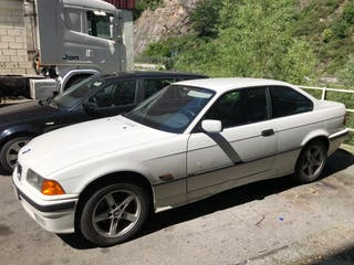 BMW Serie 3 318is e36