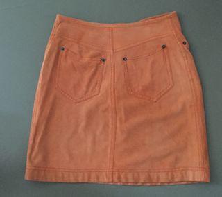 """Jupe courte et droite daim Orange """"Marella sport"""""""