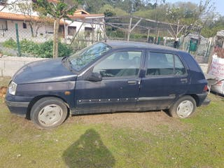 Renault Clio 1999 despieze coche completo