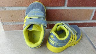 Deportivas Adidas talla 21