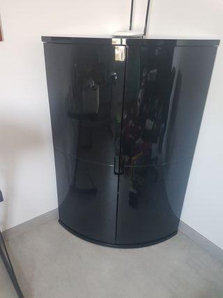 Hacer oferta Mueble negro esquina
