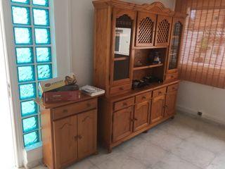 Mueble rustico de madera