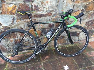 Bici ciclo-cross / carretera