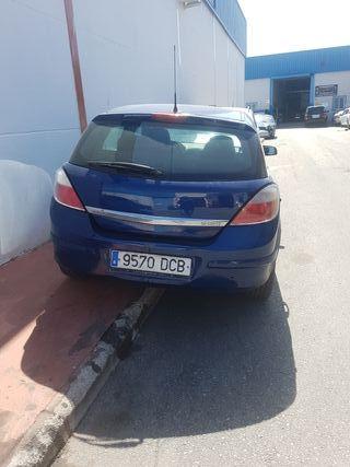 vendo Opel Astra 2004