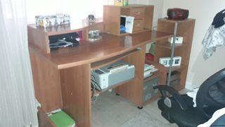dormitorio juvenil armario , escritorio