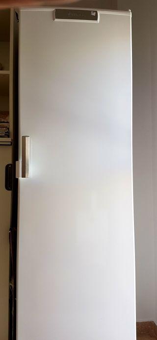 Congelador BALAY 3GF8601B
