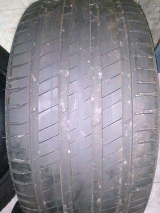 Michelin latitude 3 en 295/40/20
