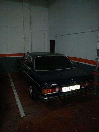 Mercedes-Benz 300d 1983
