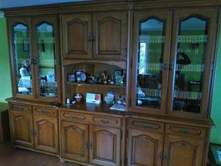 mueble de castaño salon