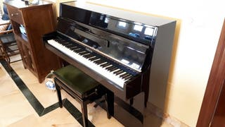 Piano FURSTEIN