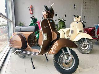 Moto vespa px restaurada