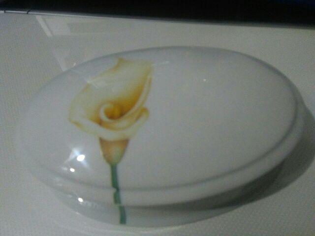 Cajita ovalada porcelana francesa de Limoges