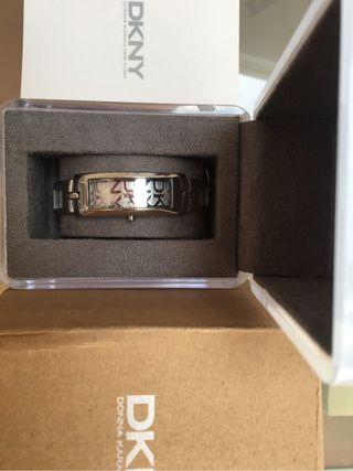 Reloj DKNY