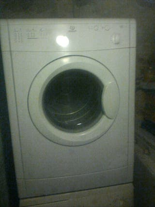 BAJADA DE PRECIO!!!! secadora indesit 6 kilos