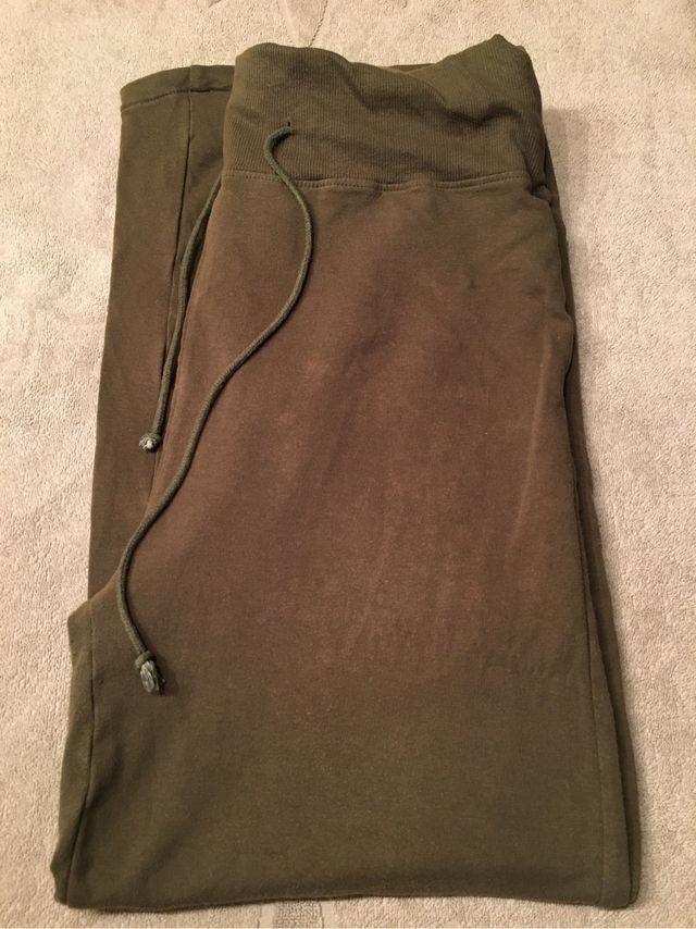 excepcional gama de colores elige auténtico suave y ligero Pantalón chandal embarazada de segunda mano por 5 € en ...