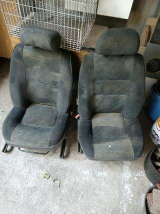 asientos de coche en mui buen estado