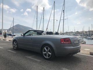 Audi A4 quattro 3.2