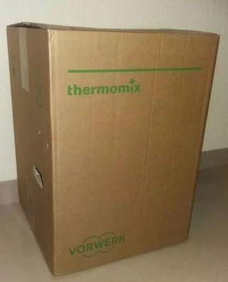 2 cajas Thermomix TM5 + caja Varoma