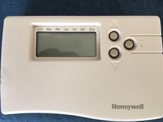Termostato Honeywell CM67e