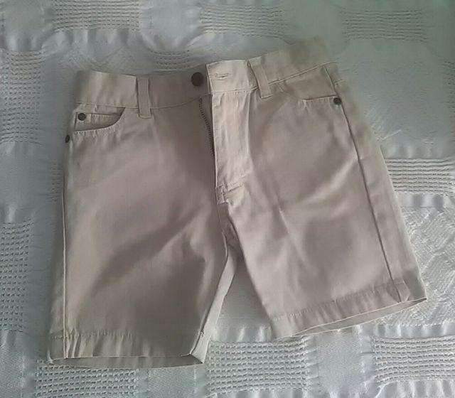 bastante agradable 6e17a 2b1c4 Bermuda niño Gocco T. 3-4 Pantalón corto beige. de segunda ...