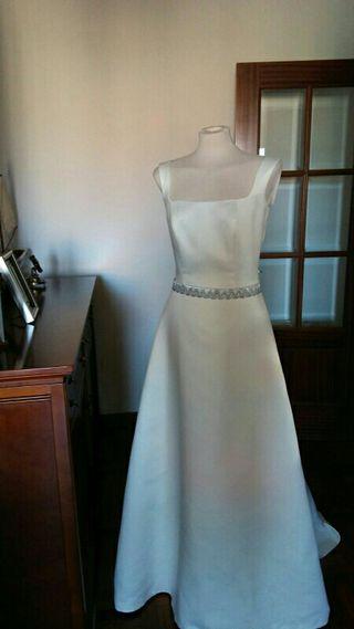 Vestido de novia de firma a estrenar 200€!!!