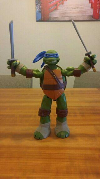 Figura tortuga ninja leonardo