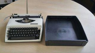 Maquina de escribir Triumph Tippa