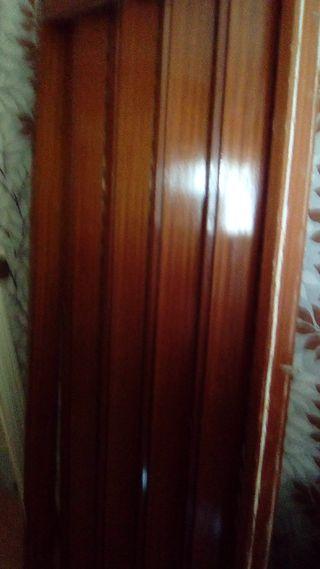 Puertas de madera correderas de segunda mano en wallapop for Puertas de paso segunda mano