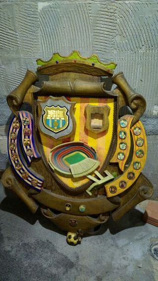 talla madera equipo futbol barcelona