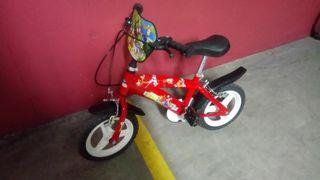 Bicicleta niño pequeño