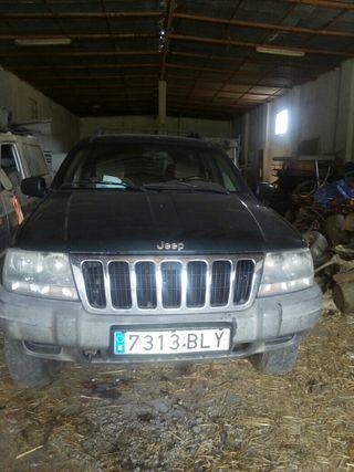 Jeep Grand cherokee 2001 se vende por piezas