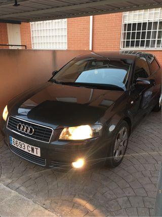 Audi A3 2004. 1.6 Fsi gasolina