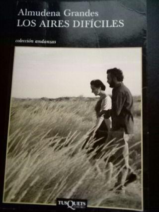 """Libro """"Los aires difíciles"""""""