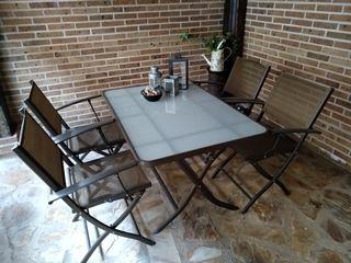 Mesa para jardín plegable de segunda mano en la provincia de ...
