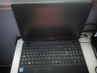 portátil Acer extensa con licencia Windows 10