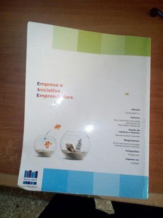 Libro de texto de empresa e iniciativa emprendedor