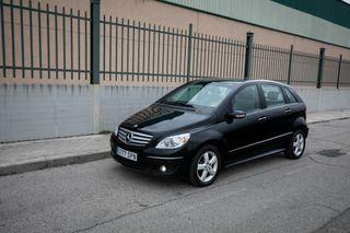 Mercedes Benz B Turbo. Garantia. Automatico