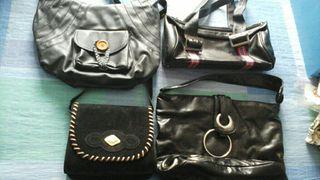 Bolsos negros de mujer