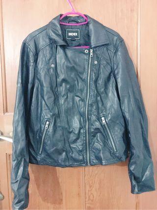 Jacket size 14
