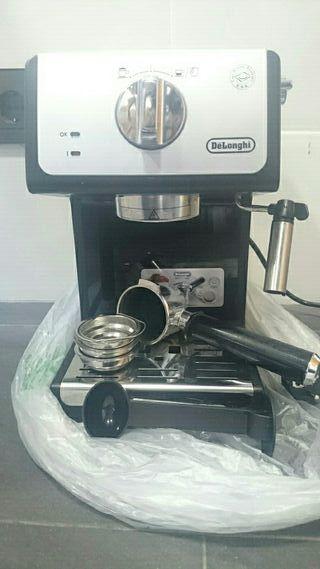 Cafetera Delonghi espresso