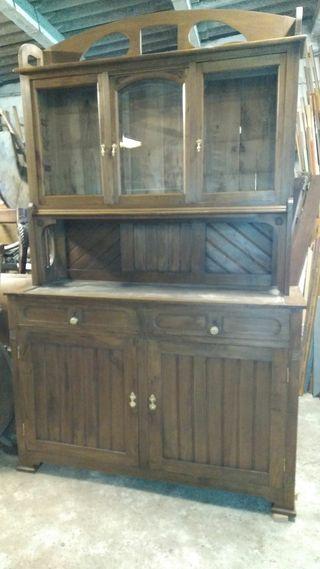 Chinero en madera de castaño