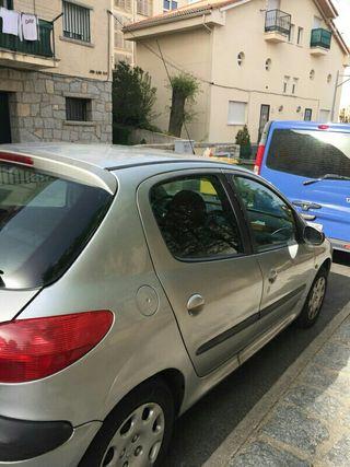 coche pegeot 206